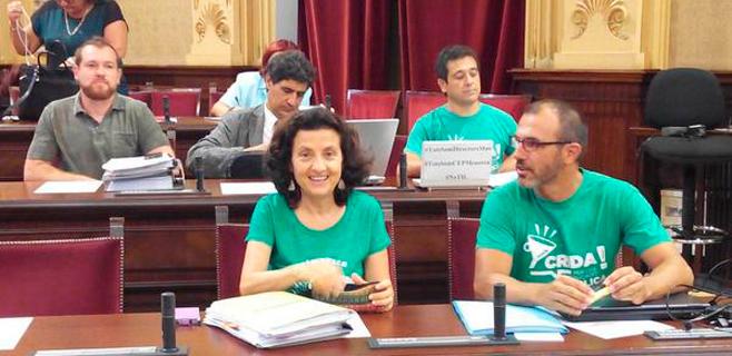 La oposición lleva de nuevo el conflicto de las aulas al Parlament balear