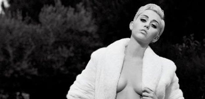 Miley Cyrus conquista a Karl Lagerfeld