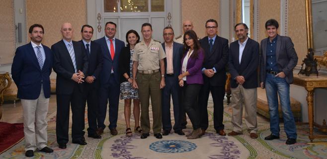 Primer contacto del jefe del Ejército en Balears con la Prensa