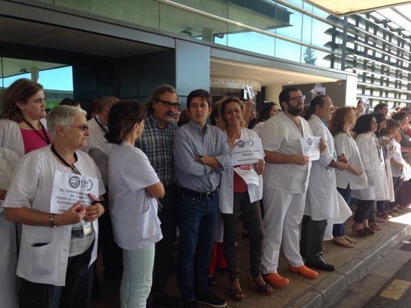 Los profesionales sanitarios de las islas muestran su apoyo a Teresa Romero
