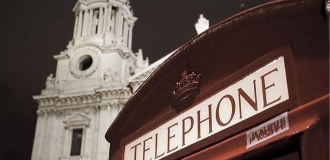 Londres transforma sus cabinas en cargadores de móviles
