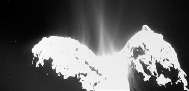 El cometa que visita la nave Rosetta huele a