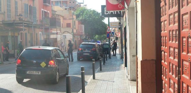 Operación policial contra el menudeo a plena luz del día en la zona de Gomila