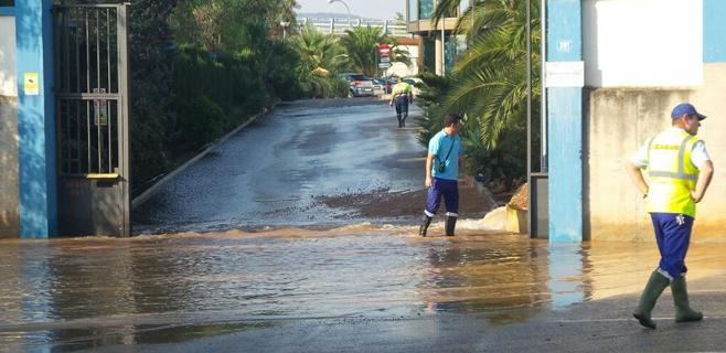 La rotura de una tubería de Emaya deja sin agua a varias barriadas de Palma