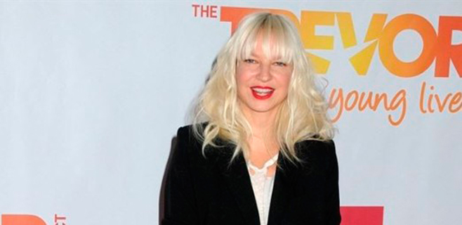 Sia subasta entre sus fans el aire que respira