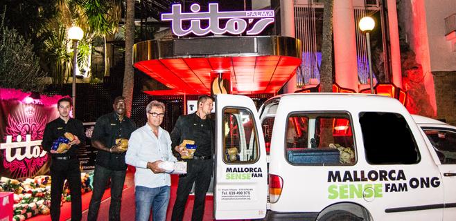 Tito's entrega más de 500 kilos de alimentos a Mallorca Sense Fam