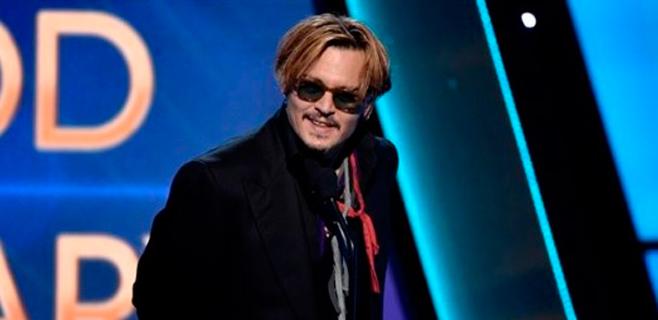 Johnny Depp se retira para afrontar su adicción al alcohol
