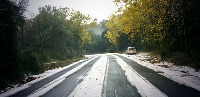 El Puig Major recibe los primeros copos de nieve