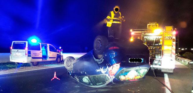 Herida una conductora tras volcar en la carretera de Inca