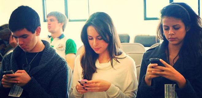 Uno de cada cuatro españoles es adicto a su smartphone