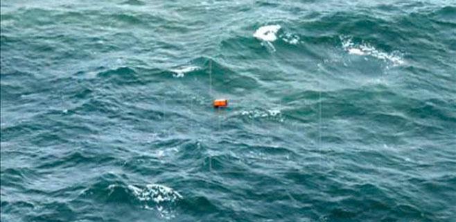 Uno de los muertos del AirAsia llevaba chaleco salvavidas