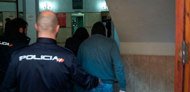 El juez manda a prisión al joven acusado de lanzar piedras a los coches