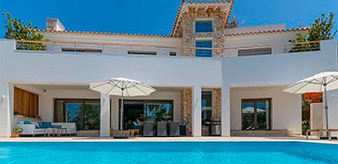 La venta de viviendas de lujo se dispara un 21% en el último año en Balears