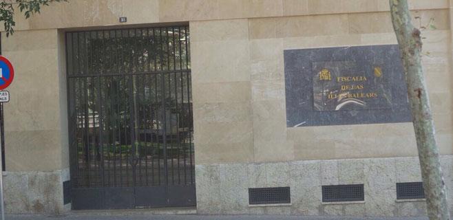 El STE-i pide a Fiscalía que investigue el caso del interino de Educació