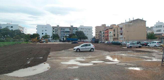 Cierra el aparcamiento de enfrente de Ocimax por las obras de asfaltado