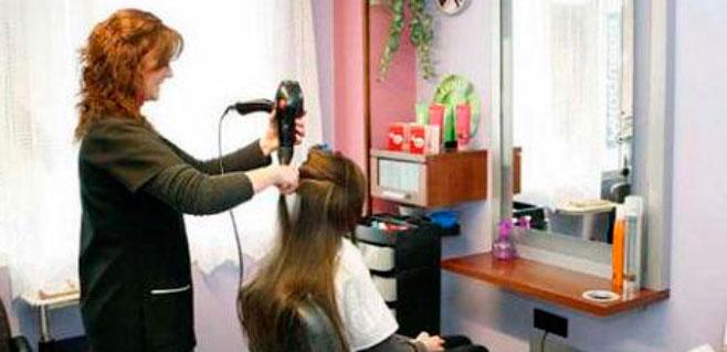 Los peluqueros de Balears muestran preocupación por las cifras de diciembre