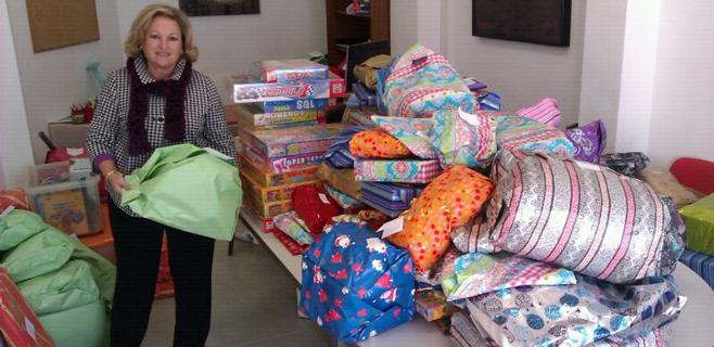 Donación de juguetes de los trabajadores del Ajuntament