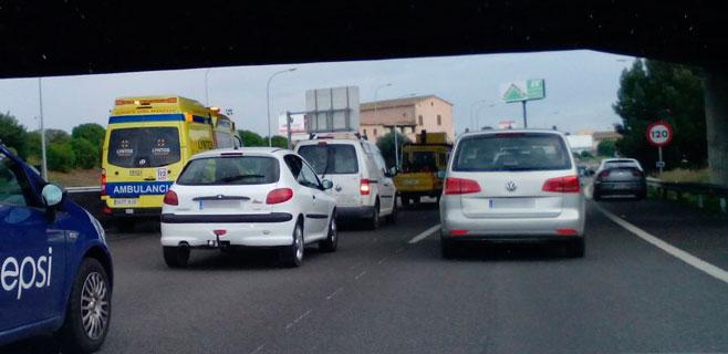 Los conductores en Palma están 59 horas anuales en atascos