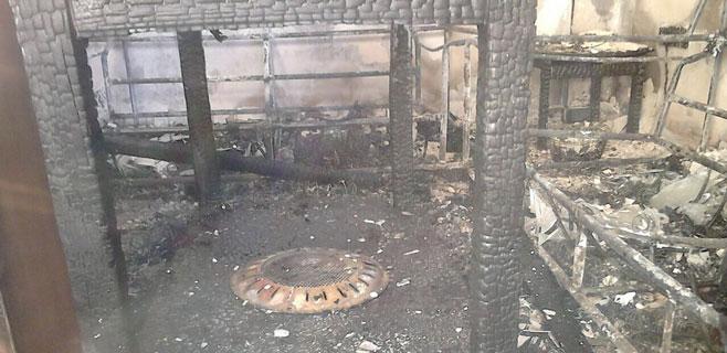 Desalojado todo un edificio de Sa Coma por el incendio de una planta baja