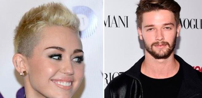 Miley Cyrus no sabe deletrear el apellido de su novio