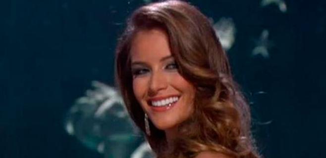 La Española Desirée Cordero deslumbra en Miss Universo
