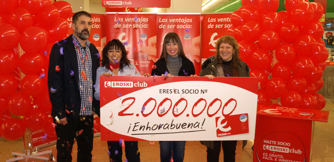 Eroski premia en Palma a su socia 2 millones