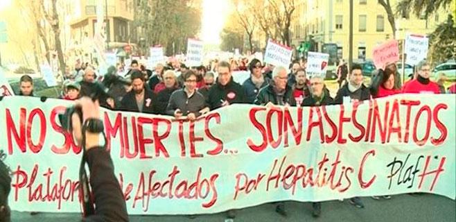 Los afectados por hepatitis C marchan hasta La Moncloa