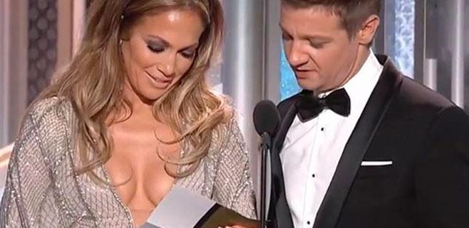 Escote imposible de Jennifer López en los Globos de Oro