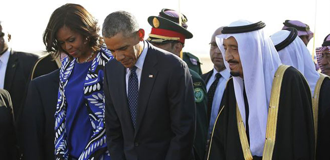 Michelle Obama enfurece a los saudíes al no llevar velo