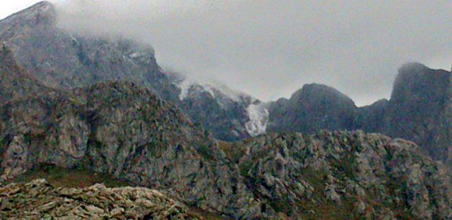 La nieve vuelve a aparecer en la Serra