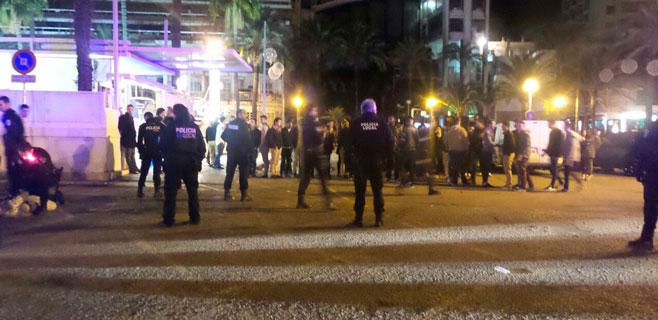 Dos detenidos por agredir a varios policías en el Paseo Marítimo de Palma