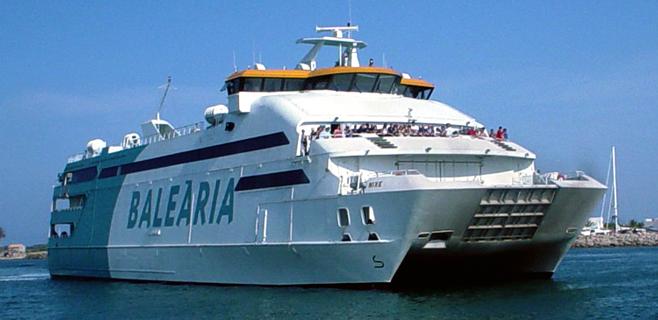 Baleària busca el monopolio en Balears con la compra de Trasmediterránea