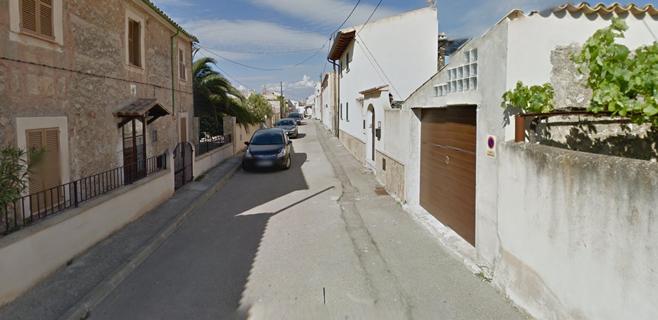 Detenido un vecino de Sineu tras amenazar a un policía con un sable