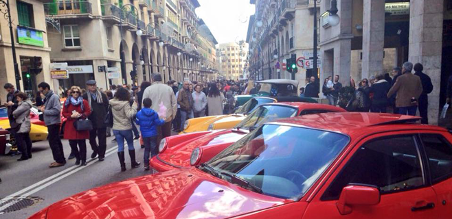 300 clásicos invaden el centro de Palma