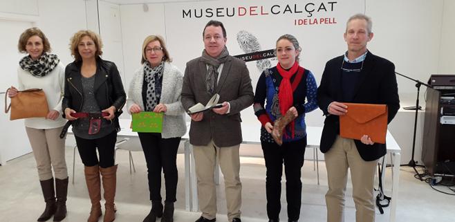 El Ayuntamiento dona material de piel a Deixalles e Incaviva