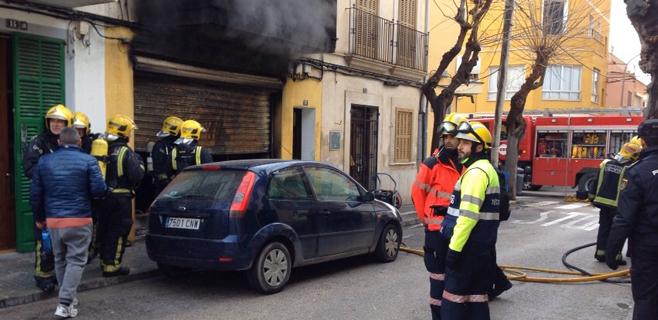 Muere una mujer de 70 años en un incendio en su casa de S'Arenal