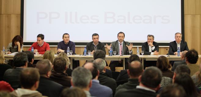 Los críticos pedirán un congreso extraordinario para relevar a Bauzá
