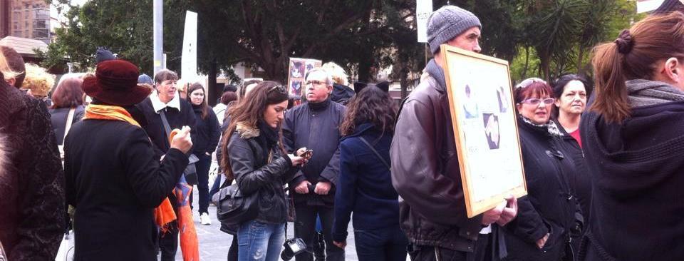 500 personas se manifiestan en contra del mal estado de los animales en Natura Parc