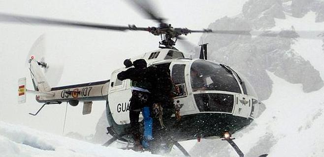 Rescatados 14 excursionistas alemanes y españoles atrapados por la nieve