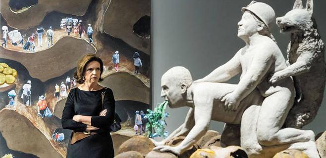 El MACBA cancela una exposición por una escultura del Rey