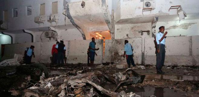 20 muertos en un ataque a un hotel de Somalia