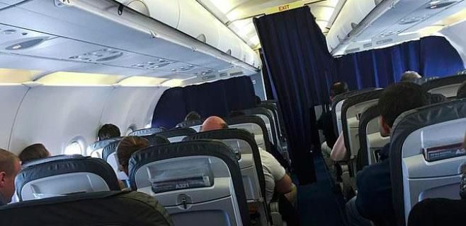 Aplausos en un vuelo de Germanwings por el discurso del piloto