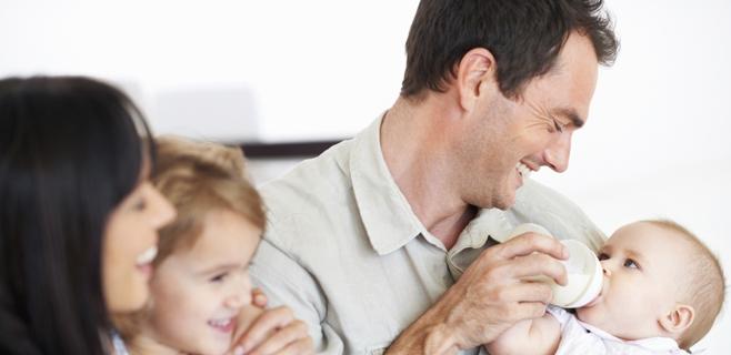 Las prestaciones por paternidad bajan en Balears un 2% en 2014, según IPFB