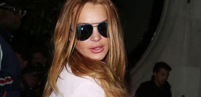 Lindsay Lohan no levanta cabeza