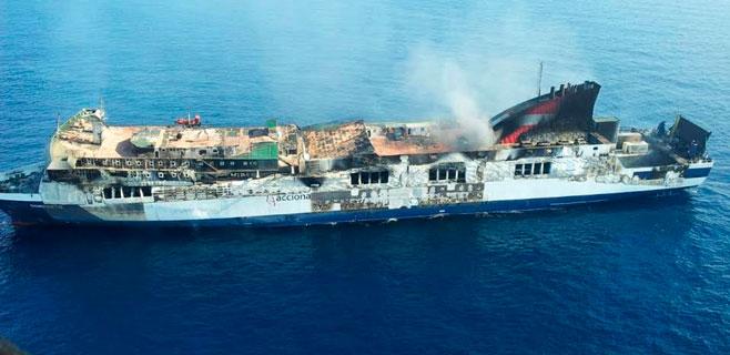Grimaldi Lines estudia llevarse el Sorrento a Tarragona para recuperarlo