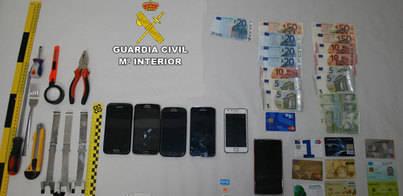 Detenida una banda que manipulaba cajeros automáticos en Pollença