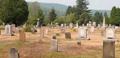 Muere un hombre aplastado por la lápida de su suegra