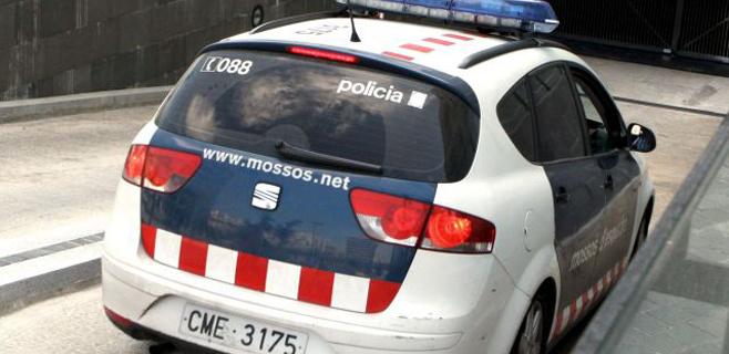 Una profesor muerto y varios heridos en un instituto de Barcelona