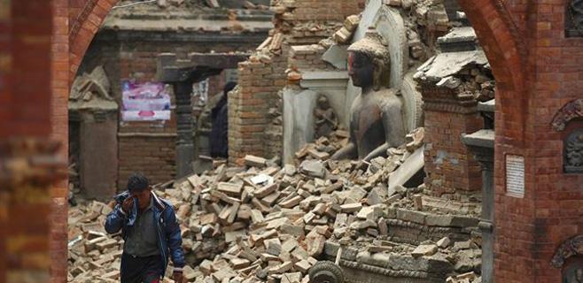 13 españoles siguen desaparecidos en Nepal