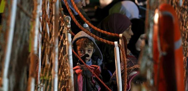 El barco hundido en Lampedusa llevaba a 950 personas